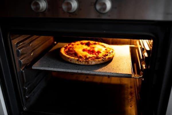 Pizzasteen lava